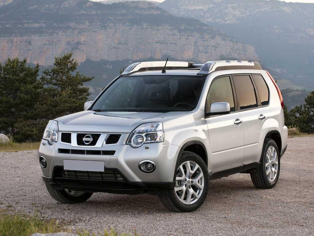 Аренда авто Nissan X-trail 2.0