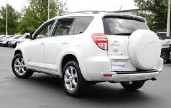 Car rental Toyota RAV4 2.5 in Batumi